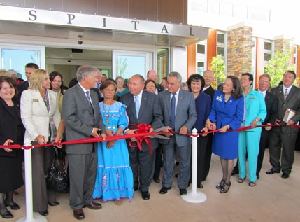 CNMC ceremonial ribbon cutting